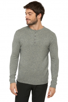 Yak  men round necks aram