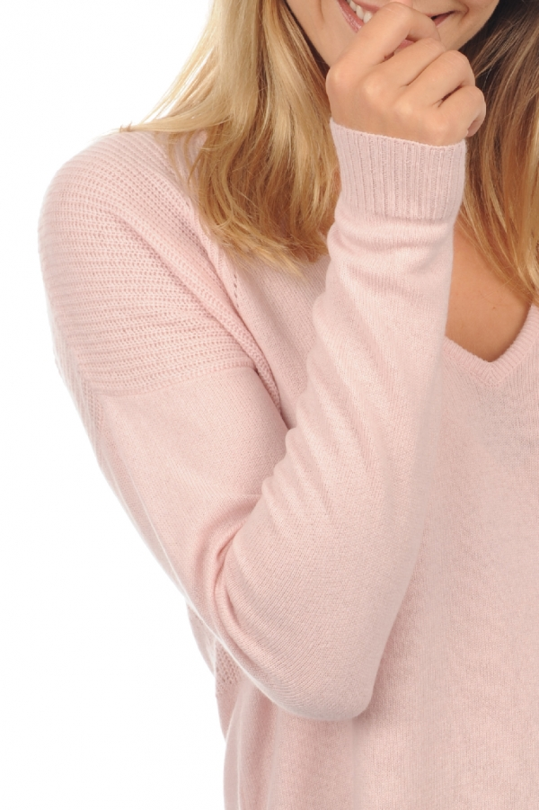 Cashmere ladies v necks mailie shinking violet s