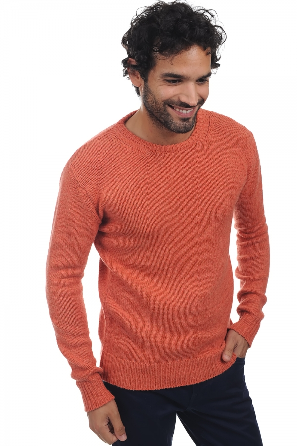 yak men round necks ivan tender peach m