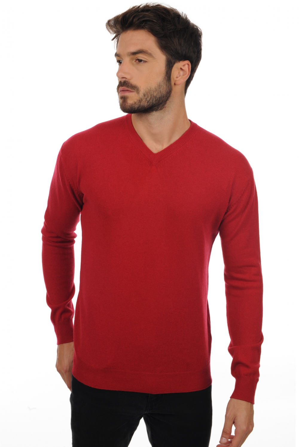 cashmere men v necks maddox blood red m